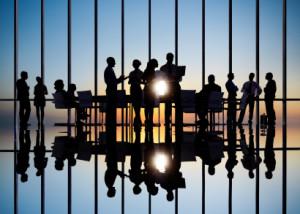 海外でのビジネス関係構築をサポートする国際コンサルタント。